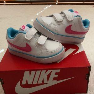 Nike Capri 3 LTR toddler girl shoes